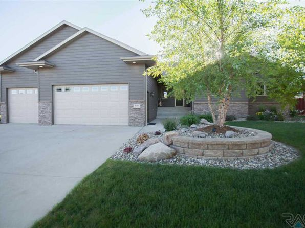 5 bed 3 bath Single Family at 8301 S Seven Oaks Dr Sioux Falls, SD, 57108 is for sale at 450k - 1 of 30