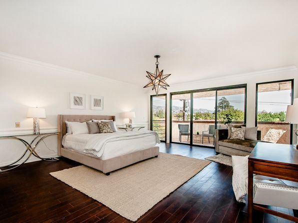 3 bed 4 bath Condo at 214 N Crescent Dr Beverly Hills, CA, 90210 is for sale at 2.80m - 1 of 25