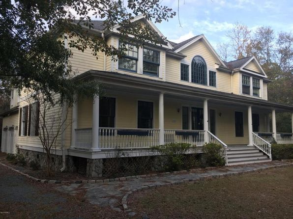 4 bed 3 bath Single Family at 1012 Dutchman Cove Rd Southport, NC, 28461 is for sale at 539k - 1 of 70