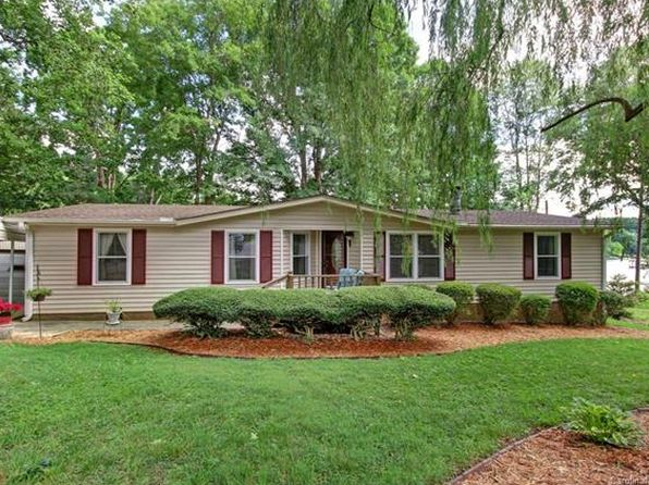 3 bed 2 bath Single Family at 211 Quiet Cove Rd Mooresville, NC, 28117 is for sale at 467k - 1 of 24