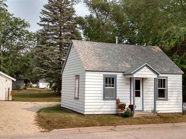 2 bed 1 bath Single Family at 1304 S 11th St Prairie Du Chien, WI, 53821 is for sale at 50k - 1 of 25