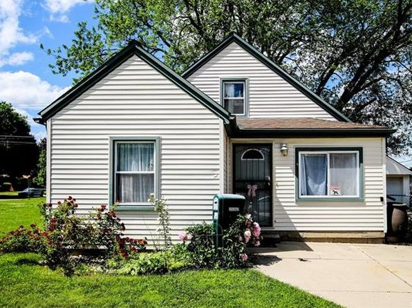 3 bed 1.5 bath Single Family at 25142 Hass St Dearborn Heights, MI, 48127 is for sale at 115k - 1 of 28
