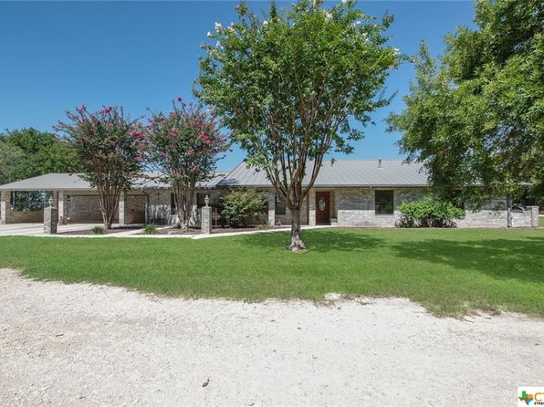 3 bed 3 bath Single Family at 2217 Rudeloff Rd Seguin, TX, 78155 is for sale at 450k - 1 of 41