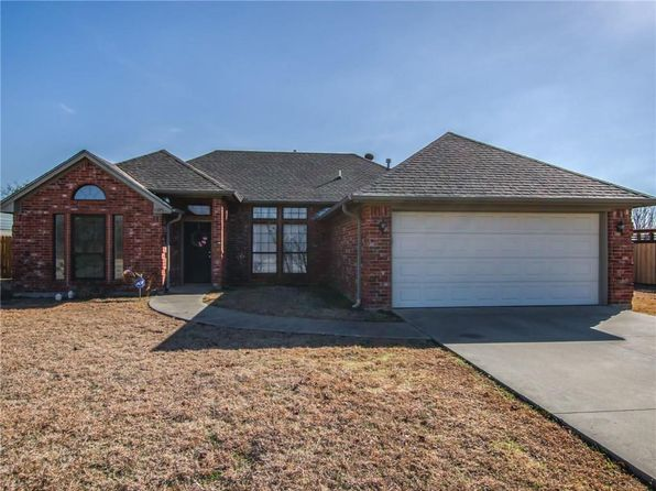 3 bed 2 bath Single Family at 5105 CREEK CROSSING DR GREENVILLE, TX, 75402 is for sale at 155k - 1 of 36