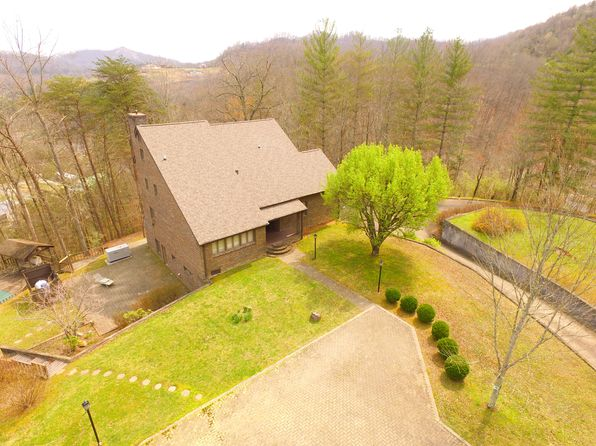 7 bed 7 bath Single Family at 119 Billips Ct Pikeville, KY, 41501 is for sale at 595k - 1 of 26