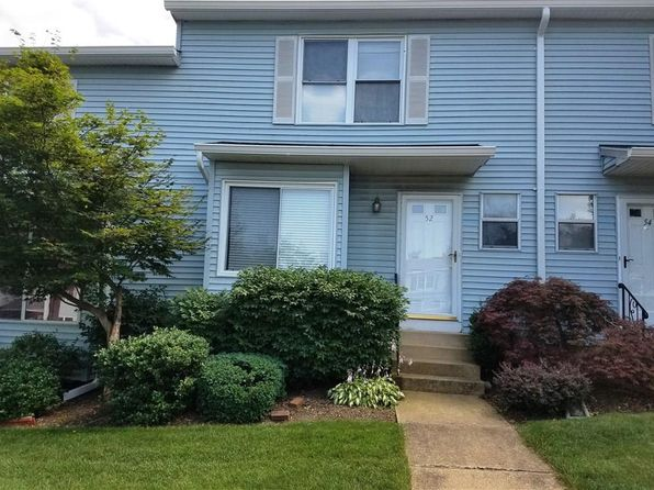 2 bed 2 bath Townhouse at 52 Dogwood Ct Jamesburg, NJ, 08831 is for sale at 215k - 1 of 9