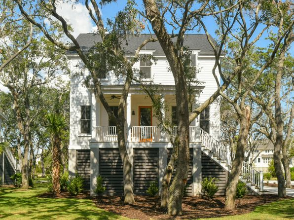 4 bed 4 bath Single Family at 1866 HEADQUARTERS PLANTATION DR JOHNS ISLAND, SC, 29455 is for sale at 750k - 1 of 42