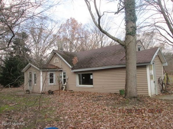 2 bed 1 bath Single Family at 3881 Allegan Dam Rd Allegan, MI, 49010 is for sale at 25k - 1 of 3
