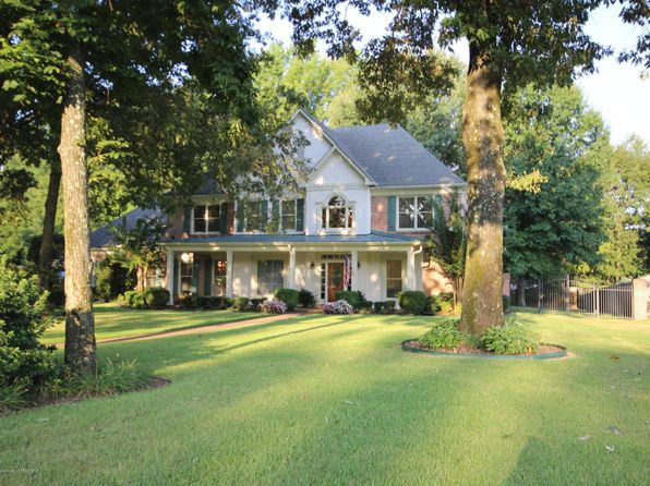 4 bed 4 bath Single Family at 9095 Joy Lynn Cv Olive Branch, MS, 38654 is for sale at 325k - 1 of 26