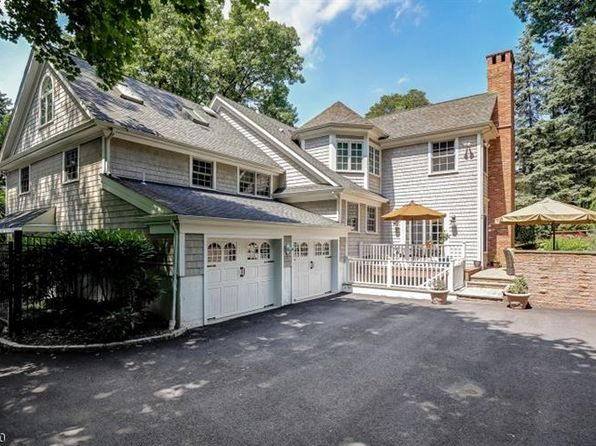 5 bed 5 bath Single Family at 38 Sunset Dr Chatham, NJ, 07928 is for sale at 1.58m - 1 of 25