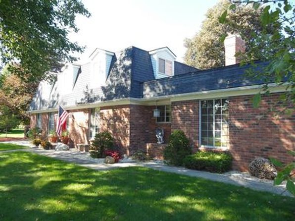 4 bed 3 bath Single Family at 10483 Homestead Ln Plymouth, MI, 48170 is for sale at 435k - 1 of 38