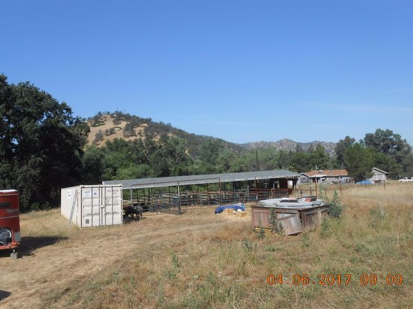 3 bed 1.75 bath Mobile / Manufactured at 38352 PEPPERWEED RD SQUAW VALLEY, CA, 93675 is for sale at 165k - 1 of 14