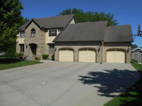 4 bed 3.25 bath Single Family at 714 Jonathan Dr Watertown, SD, 57201 is for sale at 485k - 1 of 65