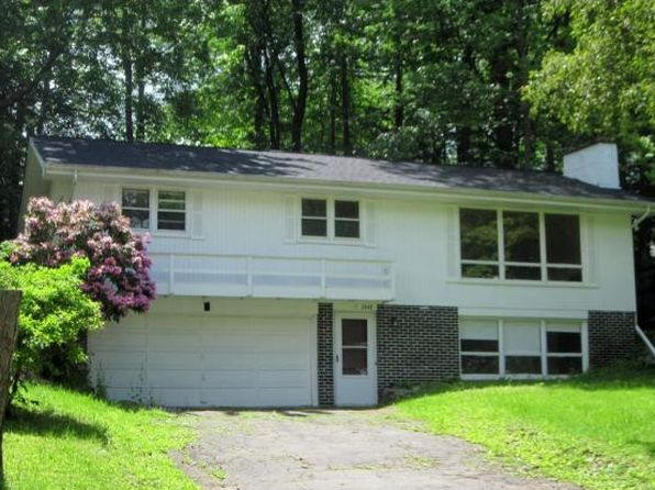 3 bed 2 bath Single Family at 2448 Charleston Ave Vestal, NY, 13850 is for sale at 130k - 1 of 17