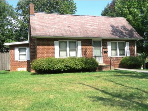 4 bed 3 bath Single Family at 727 Carolina Ave Bristol, TN, 37620 is for sale at 120k - 1 of 36