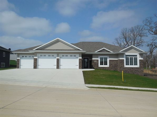 3 bed 3 bath Single Family at 946 18th Street S.E. St Dyersville, IA, 52040 is for sale at 292k - 1 of 25