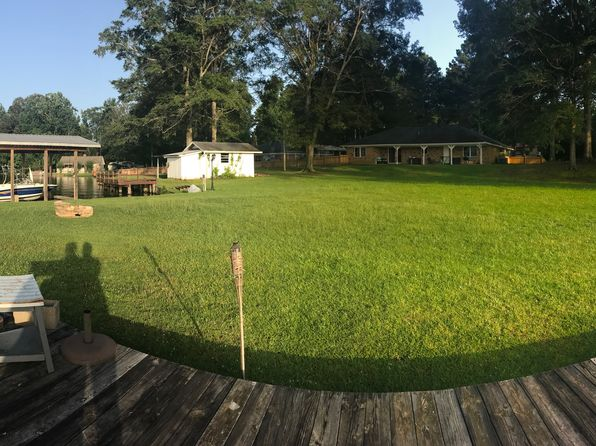 3 bed 2 bath Single Family at 8461 E Parkway S Lauderdale, MS, 39335 is for sale at 275k - 1 of 35