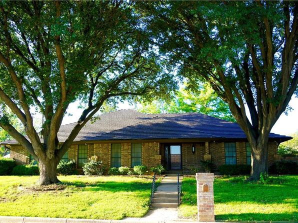 3 bed 2 bath Single Family at 6712 Ladera Pl Fort Worth, TX, 76133 is for sale at 230k - 1 of 21