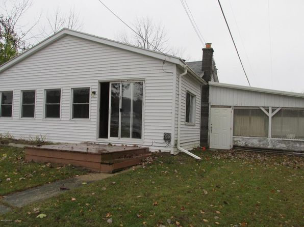 2 bed 1 bath Single Family at 20130 Cogger Ave Chippewa Lake, MI, 49320 is for sale at 65k - 1 of 12