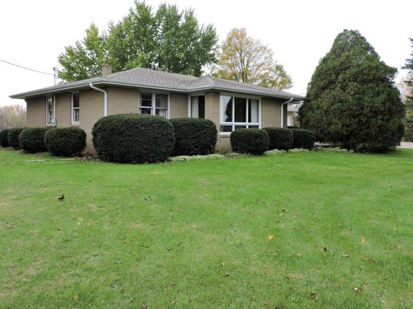 3 bed 2 bath Single Family at 7378 Naomi Rd Eau Claire, MI, 49111 is for sale at 140k - 1 of 27