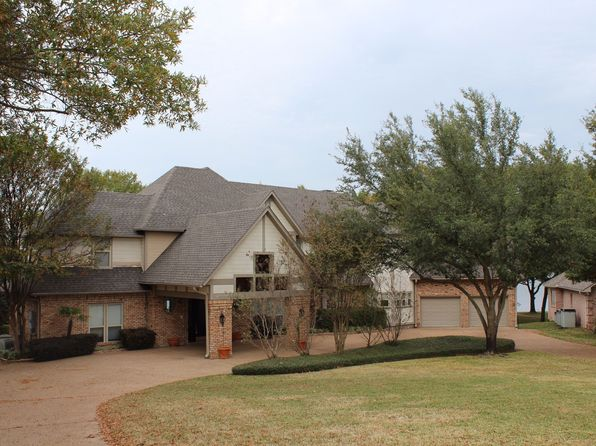 4 bed 4.5 bath Single Family at 111 Lakeside Dr Malakoff, TX, 75148 is for sale at 799k - 1 of 36