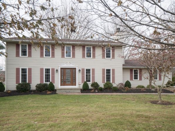 4 bed 3 bath Single Family at 7100 Goodrich Rd Clarence Center, NY, 14032 is for sale at 335k - 1 of 30