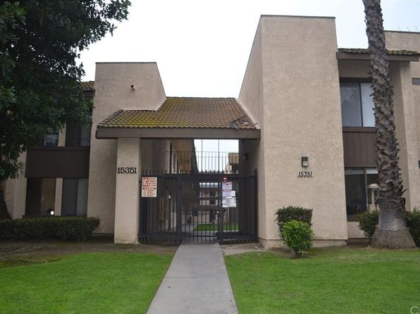 2 bed 2 bath Condo at 15351 ORANGE AVE PARAMOUNT, CA, 90723 is for sale at 275k - 1 of 36