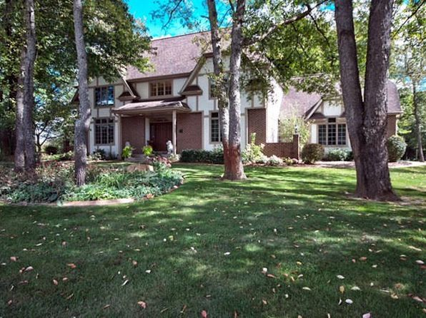 3 bed 3 bath Single Family at 51530 Clubhouse Dr South Bend, IN, 46628 is for sale at 300k - 1 of 32