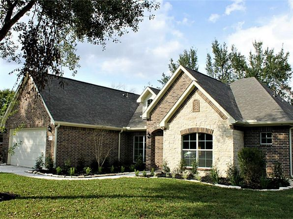 3 bed 3 bath Single Family at 10954 Britt Way Houston, TX, 77043 is for sale at 399k - 1 of 26