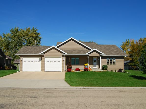5 bed 3 bath Single Family at 603 2nd St Janesville, IA, 50647 is for sale at 248k - 1 of 15
