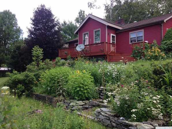 3 bed 1.75 bath Single Family at 61 SCHOOLHOUSE RD NEW LEBANON, NY, 12125 is for sale at 349k - 1 of 9
