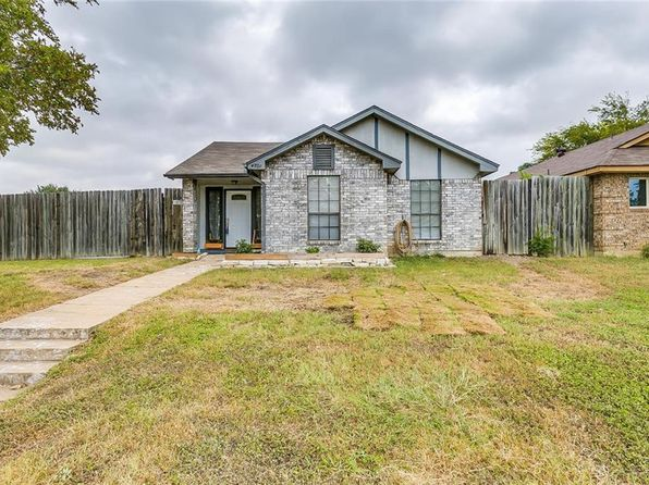 3 bed 2 bath Single Family at 4701 Scots Briar Ln Fort Worth, TX, 76137 is for sale at 160k - 1 of 36
