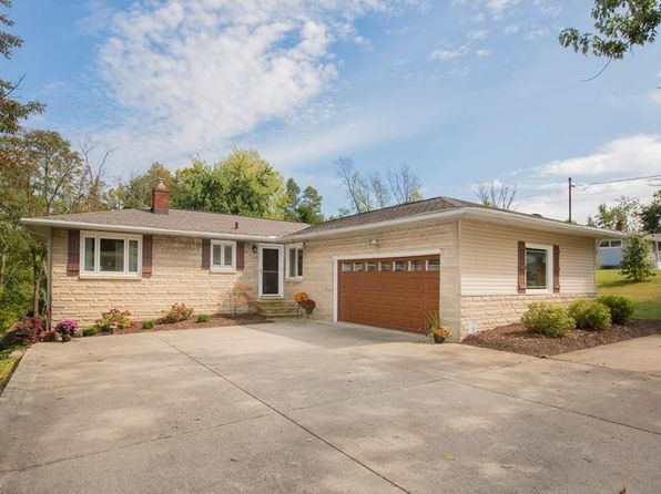 3 bed 2 bath Single Family at 1575 Skyland Dr Hinckley, OH, 44233 is for sale at 209k - 1 of 35