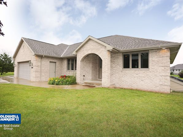 3 bed 3 bath Single Family at 2964 Apple Ridge Ct Green Bay, WI, 54311 is for sale at 285k - 1 of 23