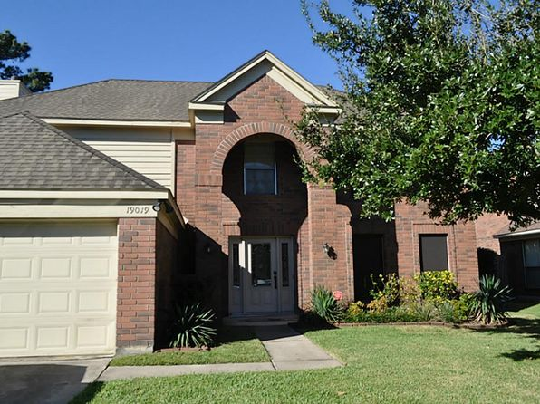 4 bed 3 bath Single Family at 19019 Dee Woods Dr Humble, TX, 77346 is for sale at 244k - 1 of 28