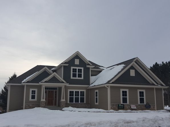 4 bed 4 bath Single Family at W1039 Stone Bridge Ct Rubicon, WI, 53078 is for sale at 425k - 1 of 39