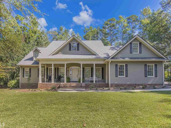 5 bed 4 bath Single Family at 300 Carriage Way Eatonton, GA, 31024 is for sale at 425k - 1 of 34
