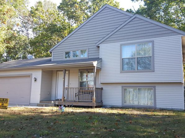 3 bed 2 bath Single Family at 11032 Harlow Rd Greenville, MI, 48838 is for sale at 165k - 1 of 7
