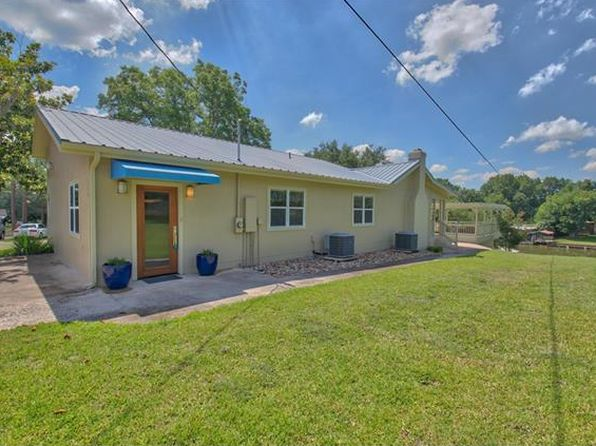4 bed 2 bath Single Family at 124 Lake Shore Dr Horseshoe Bay, TX, 78657 is for sale at 549k - 1 of 40