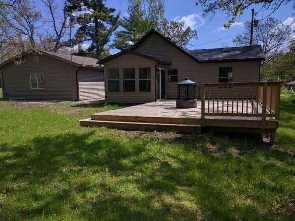 2 bed 1 bath Single Family at S2271 Water St Reedsburg, WI, 53959 is for sale at 145k - 1 of 52