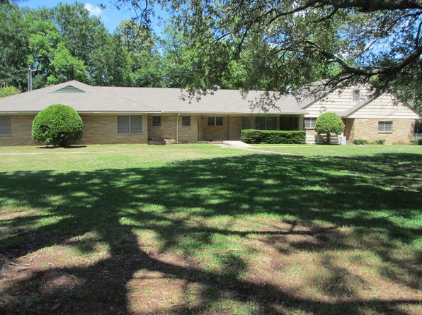 5 bed 6 bath Single Family at 1009 Brook Dr Kilgore, TX, 75662 is for sale at 370k - 1 of 30
