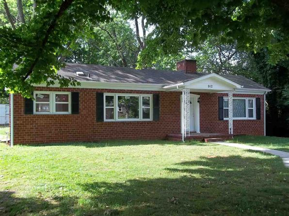 2 bed 1 bath Single Family at 912 E 2nd North St Morristown, TN, 37814 is for sale at 92k - 1 of 29