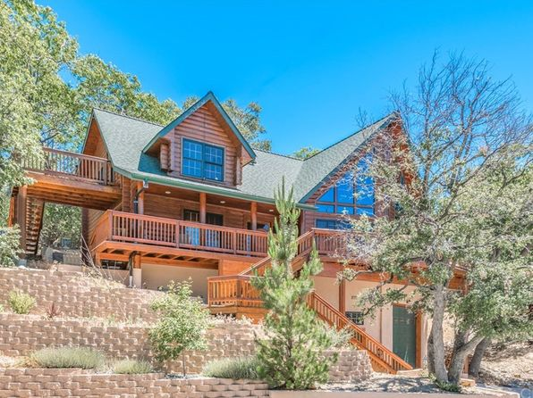 3 bed 4 bath Single Family at 1223 ACADIA DR LAKE ARROWHEAD, CA, 92352 is for sale at 599k - 1 of 32