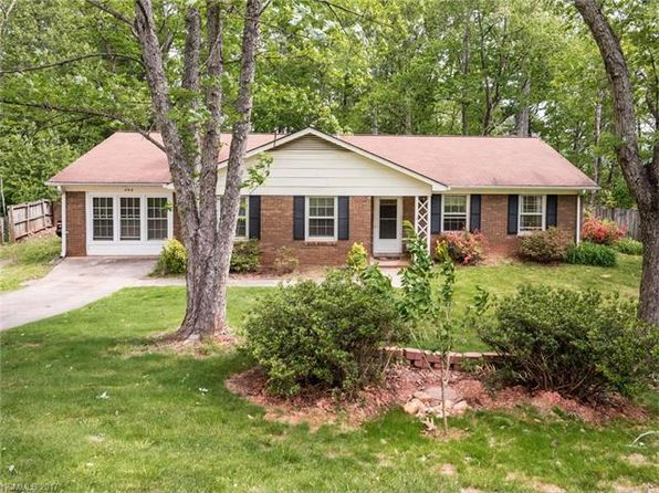 4 bed 2 bath Single Family at 454 Creekside Dr Asheville, NC, 28804 is for sale at 235k - 1 of 24