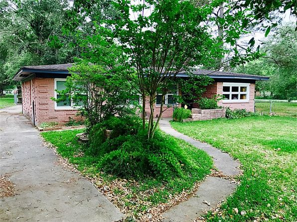 3 bed 2 bath Single Family at 25 N Amburn Rd Texas City, TX, 77591 is for sale at 134k - 1 of 4