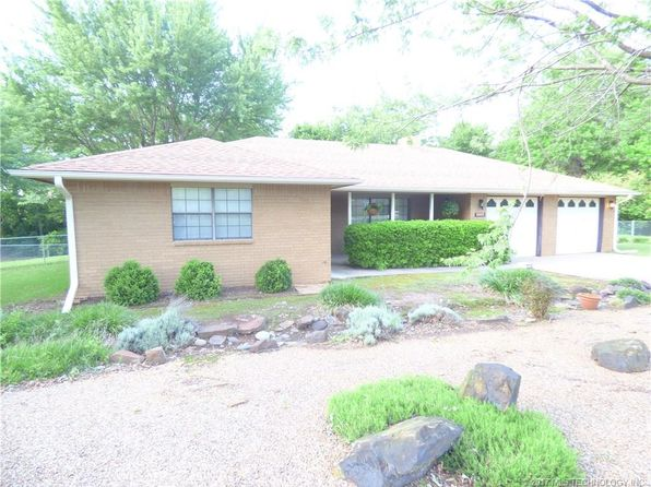 3 bed 2 bath Single Family at 1005 W Park Ave Checotah, OK, 74426 is for sale at 142k - 1 of 36