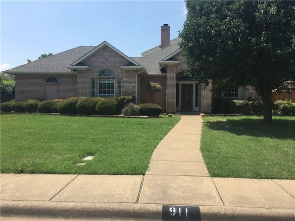 4 bed 4 bath Single Family at 911 Greenway Cir Duncanville, TX, 75137 is for sale at 227k - 1 of 17