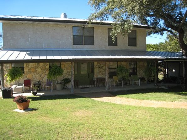 1 bed 3 bath Single Family at 284 Stoney Brook Rd Kerrville, TX, 78028 is for sale at 435k - 1 of 19