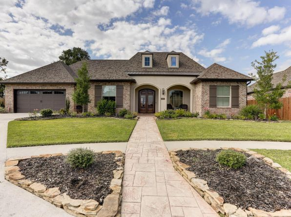 4 bed 3 bath Single Family at 215 Quiet Oaks Dr Youngsville, LA, 70592 is for sale at 600k - 1 of 45