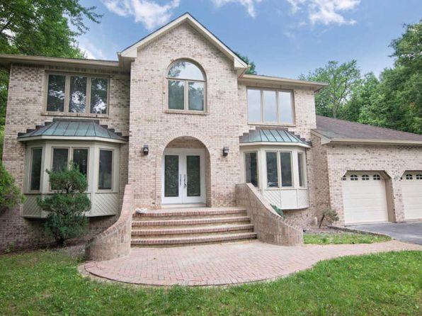 4 bed 4 bath Single Family at 11 Wiltshire Dr Manalapan, NJ, 07726 is for sale at 630k - 1 of 45